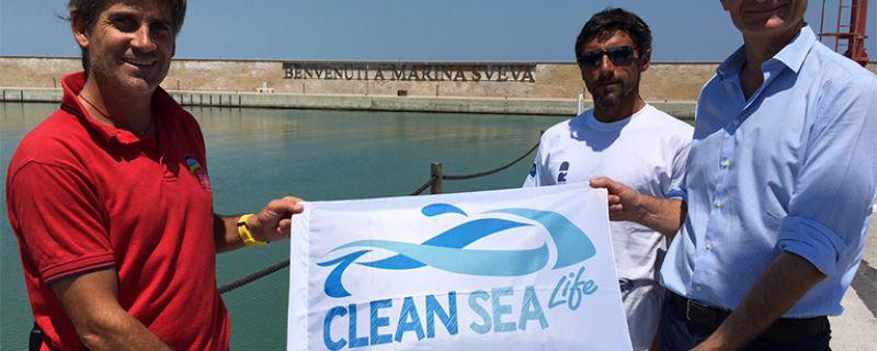 Marina Sveva insieme a Clean Sea Life al motto di TUTTI INSIEME PER UN MARE PIÚ PULITO!