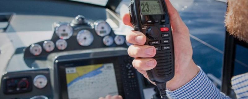 Sicurezza in mare: l'importanza del VHF